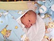 Jmenuji se ROBIN KOHUT, narodil jsem se 28. června, při narození jsem vážil 3525 gramů a měřil 50 centimetrů. Moje maminka se jmenuje Pavla Kohutová a můj tatínek se jmenuje Marek Kohut. Bydlíme v Úvalně.