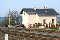 Místo srážky vlakové soupravy, jedoucí z Bruntálu do Krnova, s pětatřicetiletým mužem.
