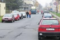Celá Vrchlického ulice od brány až k mostu přes řeku Opavu dnes patří poslednímu provozovateli sléváren SKS Foundry, a. s. Po krachu sléváren je tato komunikace na prodej za 700 tisíc korun. Naštěstí jediným zájemcem o koupi je město Krnov.
