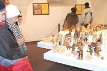 Bruntálský zámek nabídl vloni výstavu betlémů. Letos se mohou návštěvníci zámku těšit na výstavu s názvem Letem světem s ořechy.