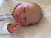 Jmenuji se JAKUB OPLETAL, narodil jsem se 1. srpna, při narození jsem vážil 2880 gramů a měřil 48 centimetrů. Moje maminka se jmenuje Martina Opletalová. Bydlíme v Široké Nivě.