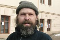 Richard Červinka, 35 let, Valšov: Ano, potřeboval, hořel mi totiž dům. Škoda veliká, ale hasiči mi dům zachránili, střecha nad hlavou mi zůstala.