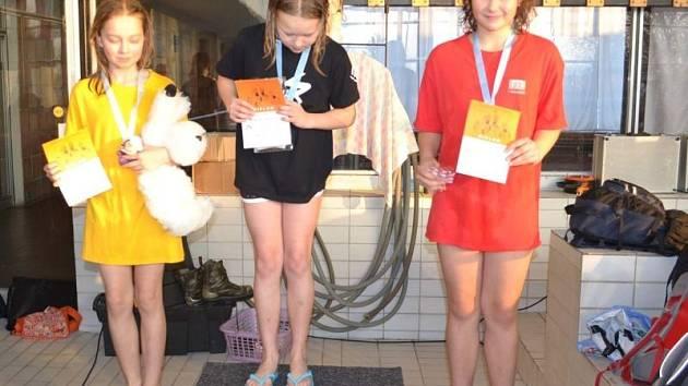 Bruntálské plavecké naděje na závodech v Brně rozhodně nezklamali a přivezli pěkná umístění.