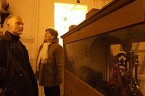 Věž evangelického kostela v Krnově představila návštěvníkům svá tajemství. Mohli si zblízka prohlédnout zvon i věžní hodiny.