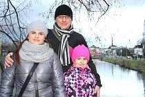 Anetka Prajzová má pro tančení v bruntálské Stonožce plnou podporu maminky Moniky i tatínka Jana.