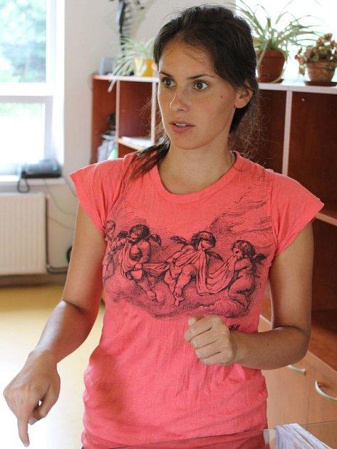 Rekreantům poradí v Multifunkčním centru Slezské Harty usměvavá Ludmila Flosová. Prozradí, na jaké zajímavosti se v okolí přehrady zaměřit.