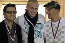 34. ročník Vánoční laťky se uskutečnil v pátek 20. listopadu 2009 v Krnově. Na snímku Janis Leontidis (vlevo), Libor Žilka (uprostřed) a Petr Svoboda.