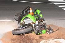 Při nehodě naštěstí nedošlo ke zranění žádné z účastněných osob.