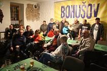 Hráči Tip ligy se sešli v hospodě U Gerina, aby společně oslavili historický úspěch Bohušova.