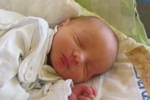 Jmenuji se JAKUB ILJAŠEVIČ, narodil jsem se 14. srpna 2017, při narození jsem vážil 3000 gramů a měřil 47 centimetrů. Rodiče Monika a Daniel. Bydlíme v Jindřichově ve Slezsku.