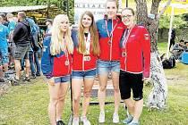 Klára Horová (zcela vpravo) společně s dalšími opavskými raftařkami na evropském šampionátu v Gruzii. Vlevo Bára Košárková, vedle ní Sabina Foltysová a Maria Mrázková.