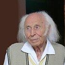 Krnovský rodák Erwin Schinzel byl významný sochař. Zesnul 27. prosince 2018 ve věku 99 let.