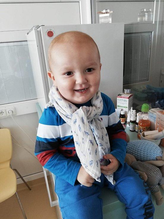 Příběh nemocného Janka všechny dojal. Jedinou šancí na záchranu jeho života transpalntace kostní dřeně. Čím víc lidí je v registru, tím je větší šance přežít.
