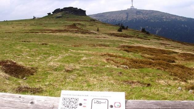 Petrovy kameny byly jedním z prvních míst, kde se turistické QR kódy objevily.