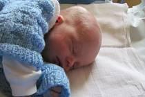 Jmenuji se ZDENĚK KRAMAŘÍK narodil jsem se 19. prosince,při narození jsem vážil 2610 gramů a měřil 45 centimetrů. Moje maminka se jmenuje Angelika Křenková a tatínek se jmenuje Zdeněk Kramařík. Bydlíme v Rýmařově.