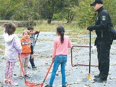 Her se mohly zúčastnit děti z celého města. Přišly ale většinou ty, které ve vyloučené lokalitě žijí.