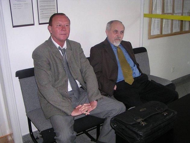 Obžalovaný Antonín D. (vpravo).