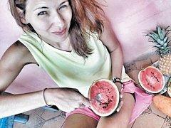 Ovoce je v Asii sladké a levné.