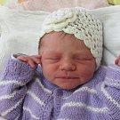 Jmenuji se CHARLOTA MIA FERENCOVÁ, narodila jsem se 8. února, při narození jsem vážila 2415 gramů a měřila 46 centimetrů. Moje maminka se jmenuje Lucie Petříková a můj tatínek se jmenuje Miroslav Ferenc. Bydlíme v Krnově.