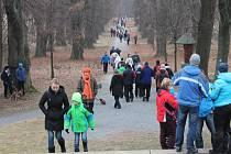 V Bruntále se lidé první den nového roku vydali na Uhlířský vrch popřát si vše nejlepší.