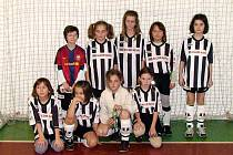 Malá děvčata Juventusu Bruntál na turnaji v Horním Benešově překvapila všechny a možná nejvíce sebe, když v těžké konkurenci dosáhla skvělé čtvrté příčky.