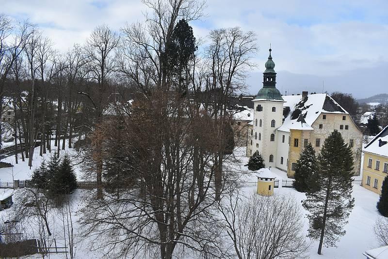 Zámek v Janovicích u Rýmařova má obrovský turistický potenciál, který teprve čeká na své využití.