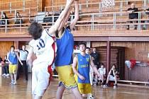 Krnovští basketbalisté si v minulém zápase příliš nevěděli rady s opavským soupeřem Snakes B, avšak domácí jsou opět v plné síle a připraveni vyhrát.