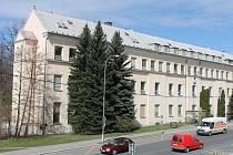 Budova nemocnice půjde k zemi. O přijetí dotace na bourání rozhodli bruntálští zastupitelé.