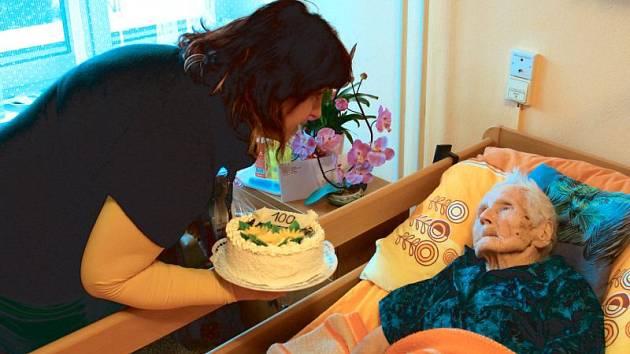Štěpánka Adámková, nejstarší občanka Krnova, v pondělí 11. ledna oslavila sté narozeniny.