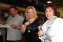 Letošní ročník Koštu vín ve Světlé Hoře byl pro místní velkým svátkem. Také pod horami daleko od vinařských oblastí se najdou znalci, kteří dokážou ocenit kvalitu.