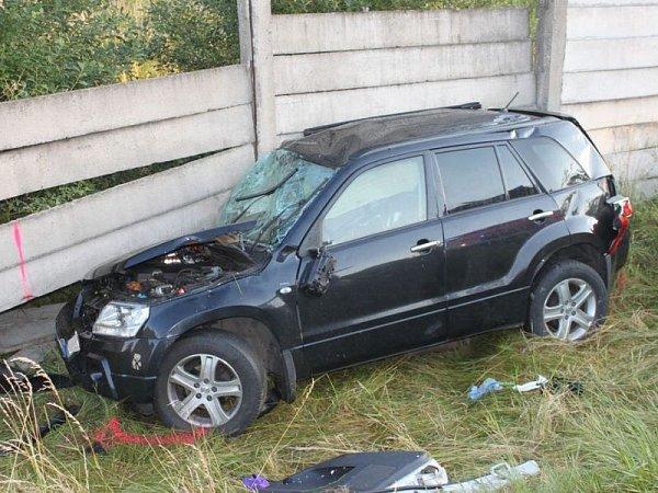 Nedělní vážná dopravní nehoda dvou automobilů vRýmařově.