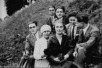 Krnované mají příležitost zanechat formou fotografií obrazovou stopu svých předků budoucím generacím. Mohou obohatit sbírku archivních fotografií tím, že je přinesou do Flemmichovy vily  to nejzajímavější ze svého rodinného alba.