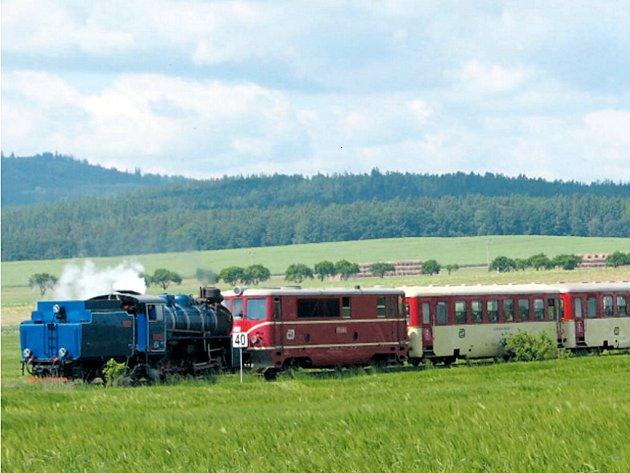 Osoblažská úzkokolejka bude od 23. června nabízet svezení výletním vláčkem s parní lokomotivou každou sobotu a neděli, navíc i ve státní svátky.