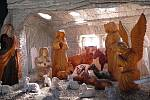 Pradědova galerie v Jiříkově má otevřeno každý den, vsobotu 30. dubna se tu koná akce k pálení čarodějnic. Otevírá se zde rozšířená expozice čarodějnic, čertů a dalších pohádkových bytostí.