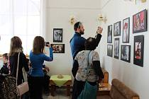 Předávání cen oceněným autorům ve fotografické soutěži Region očima mladých.