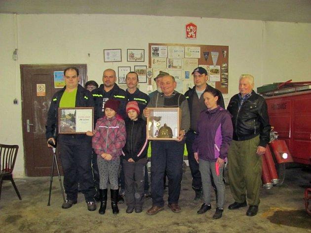 Sbor dobrovolných hasičů byl ve Spáleném založen v roce 1946, takže letos oslaví kulatou sedmdesátku.