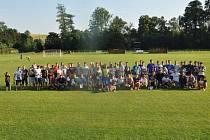 Vzpomínkového turnaje na Pavla Švajdu se zúčastnilo čtrnáct týmů.