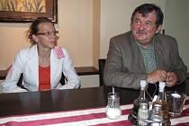 Jan Rychlík, ředitel semilského úřadu práce a Kateřina Baladová, projektová manažerka občanského sdružení Most ke vzdělání chtějí vzdělávat venkovany.