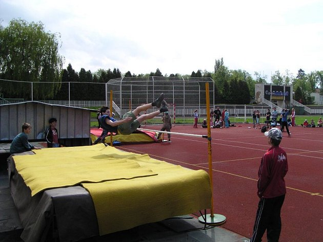 Lehkoatletický stadion je součástí sportovního komplexu, který už naléhavě potřebuje rekonstrukci.