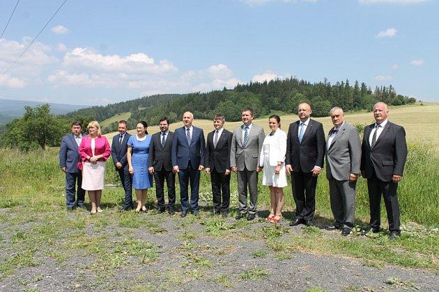 Ve Václavově u Bruntálu se v pátek 24. června setkalo vedení Sejmu Polské republiky a Poslanecké sněmovny Parlamentu ČR.