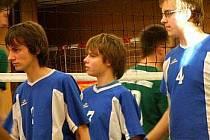 Krnovští volejbaloví junioři porazili dalšího soupeře. Chystají se na zápas roku s Dolním Benešovem.
