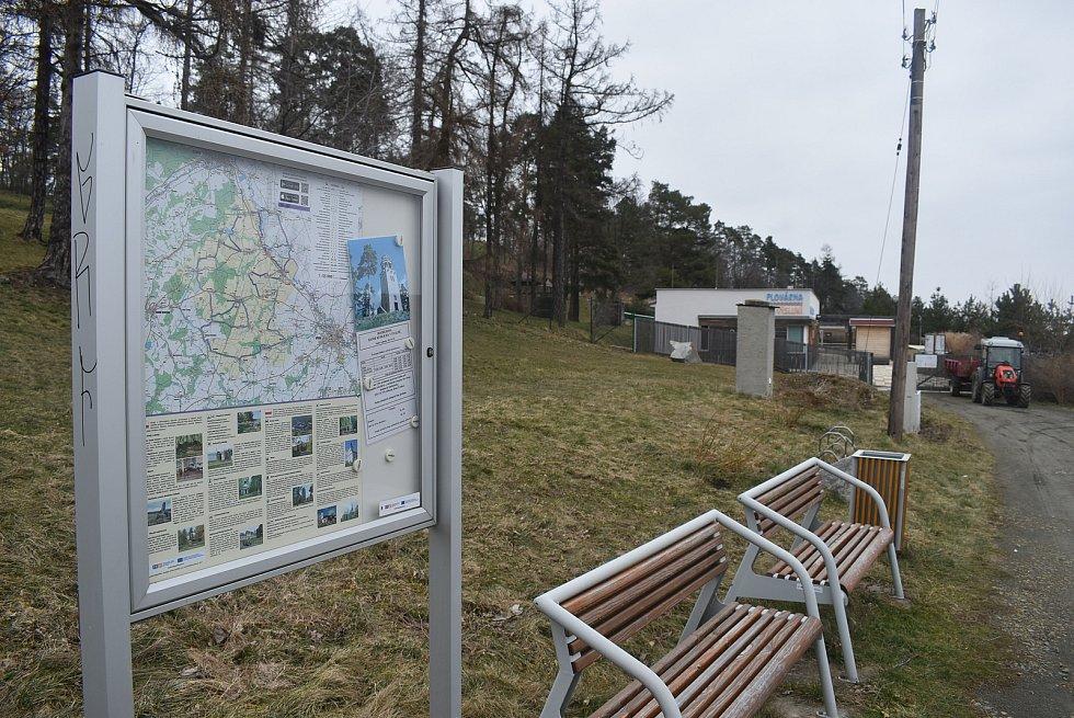 Úvalno bylo v Moravskoslezském kraji vyhlášeno Vesnicí roku 2018. Porotu zaujalo  originalitou a tvořivým přístupem k rozvoji.