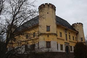 Zámek Dívčí hrad. Ilustrační foto.