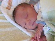 Jmenuji se ADAM ŠRUBAŘ, narodil jsem se 18. Března 2019, při narození jsem vážil 3100 gramů a měřil 48 centimetrů. Krnov