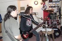 Rockeři The Pant z Břidličné.