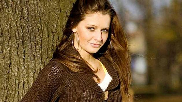 Tereza Chlebovská se v Olomouci stala nositelkou titulu Miss léto 2010. Nedávno také byla dekorována šerpou pro také I. vicemiss Reneta 2010.