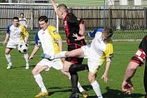 Rýmařovští fotbalisté bojovali od začátku prvního poločasu na hřišti Dolního Benešova v naději o záchranu soutěže s velkou vervou a nasazením. Celé fotbalové utkání skončilo s výborným výsledkem 3:0 pro hostující tým.