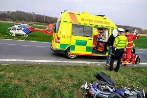 Zdravotnická záchranná služba (ZZS) zasahovala vneděli 31. března odpoledne u vážné dopravní nehody na Bruntálsku.