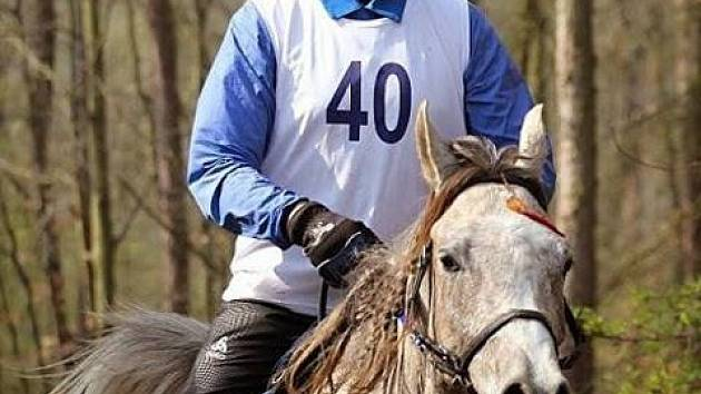 Vicemistr republiky Vladimír Jakub Sláma na koni Ai Dolah Umar.