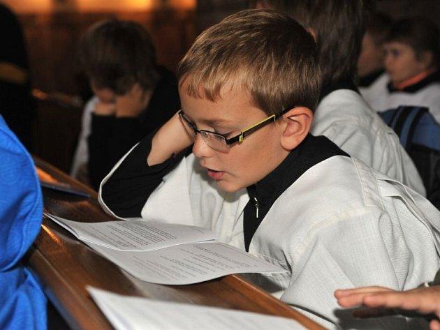 Ministranti z celého biskupství letos měli setkání v Krnově v kostele a klášteře řádu Minoritů.